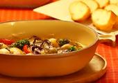 牡蠣と野菜のアヒージョ